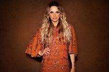 Takeover Tuesday Playlist: Carly Pearce Takes Fans 'Way Back' With Dolly Parton, Tim McGraw & More