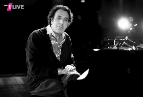 Watch Chilly Gonzales' Pop Music Masterclass On Queen