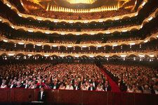 Met Opera Offers Free Tickets to Federal Employees During Government Shutdown