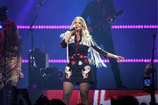 Miranda Lambert Wows Nashville With Hits, Heartfelt Advice and Pistol Annies Surprise on Wildcard Tour Stop
