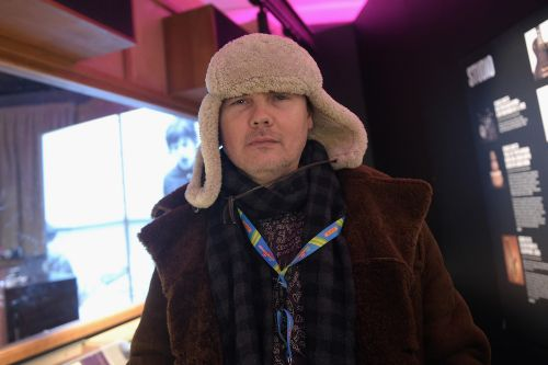 William Patrick Corgan Tells Howard Stern About His Encounter With A Shapeshifter