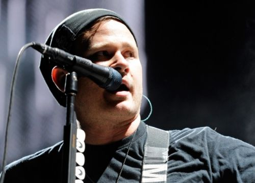 Tom DeLonge's Weird-Ass Show About Aliens And Skateboarders Is Coming To TBS