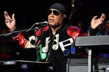 Stevie Wonder Welcomes Ella Mai, Anderson .Paak, Sheila E. & More to his House Full of Toys Holiday Concert