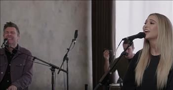'Love Lifted Me' Acoustic Performance From Travis Cottrell And Daughter
