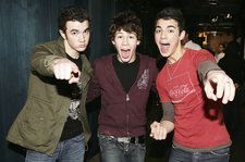 Which Jonas Brothers Album Is the Best? Vote!