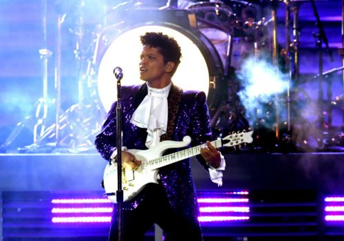Bruno Mars and Britney Spears will play Formula 1 weekend