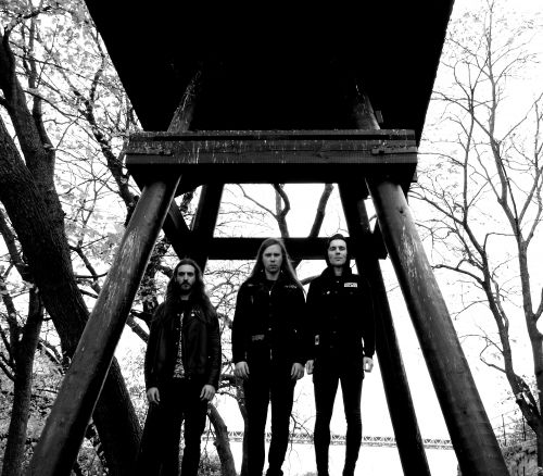 Anarchist Black Metallers Dawn Ray'd's New Video Is a Signal to Strike 2/19