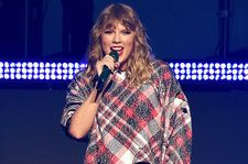Watch Katie Holmes and Suri Cruise Introduce Taylor Swift at Jingle Ball