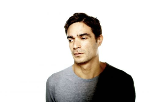 """Jon Hopkins' """"Everything Connected"""" Is a 10-Minute Pulsing Reflection"""