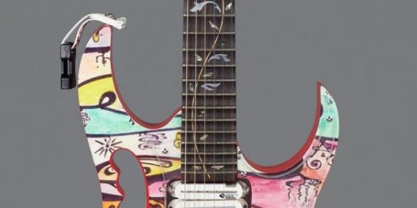 STEVE VAI's Artwork And Custom-Painted Guitars To Be Displayed At FATHOM GALLERY