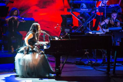 Live Review: Evanescence Bring Orchestral Music to Life at New Jersey Show With Lindsey Stirling
