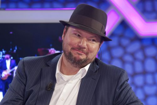 "Christopher Cross Tests Positive For COVID-19: ""Possibly The Worst Illness I've Ever Had"""