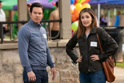 Film Review: Instant Family Offers One Cute Berner and Two Hours of Insufferable Suburban Humor