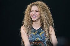 Shakira Announces New Fragrance Dream