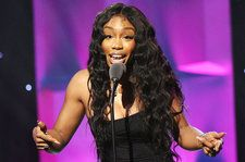 SZA Covers Sixpence None The Richer's 'Kiss Me': Watch