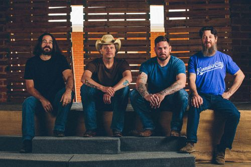 Jason Boland & the Stragglers Offer Up Straight Roots Country on 'Hard Times Are Relative'