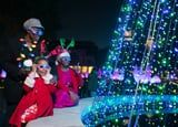 The 20 Best Holiday Light Displays in the US to Take Your Kids to This Year