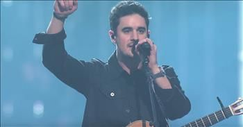 'There's Nothing That Our God Can't Do' Passion Live Featuring Kristian Stanfill