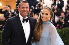 Jennifer Lopez Tells A-Rod Exactly What She Wants in 'El Anillo': Read the Lyrics in English
