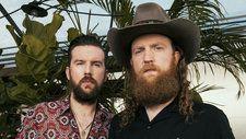 Brothers Osborne Slow Burn on 'Tonight Show' with Wistful 'I Don't Remember Me ': Watch