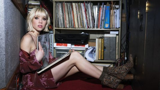Playlist: Carly Rae Jepsen's Living Room Dance Party