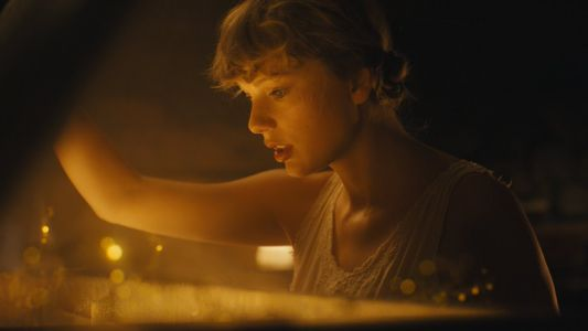 Taylor Swift Becomes First Artist To Debut At 1 On The Album & Singles Charts In The Same Week