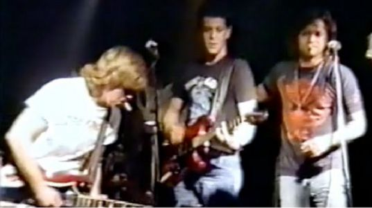 Watch Unearthed Video Of Lou Reed Joining John Mellencamp At A Small Bloomington Club In 1987