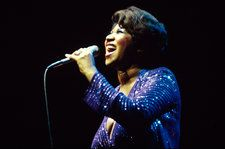 Solo Piano Version of Aretha Franklin's 'Silent Night' is Hauntingly Beautiful: Listen