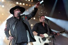 Montgomery Gentry Shares 'Better Me' Lyric Video Following Troy Gentry's Death: Exclusive