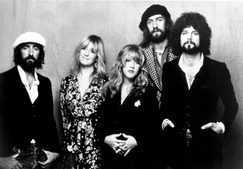 "Fleetwood Mac's ""Dreams"" Is Back on the Charts Because It's a Timeless Jam"