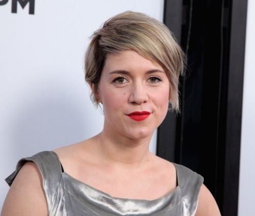 "Alice Wetterlund Calls Working With T.J. Miller on Silicon Valley ""a Nightmare"""