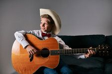Mason Ramsey Announces Debut EP 'Famous,' Featuring Two New Hank Williams Covers