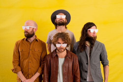 Parsonsfield Add Indie Pop to Their Folk on 'Happy Hour on the Floor'