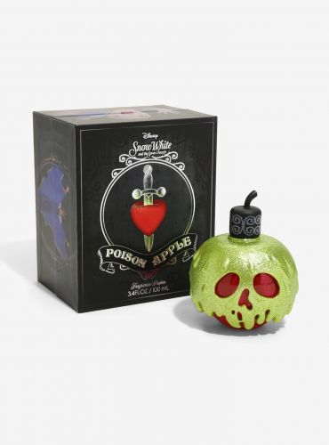 Hot Topic Sells a Poison Apple Fragrance Inspired by Snow White, So Go On, Have a Bite