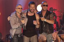 Ricky Martin Performs 'Fiebre' With Wisin & Yandel at the 2018 Billboard Latin Music Awards