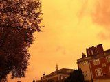 21 Surreal Images of a Yellow Sky and Red Sun Caused By Hurricane Ophelia