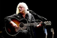 Arlo Guthrie Sings as Woodstock Fans Flock to Anniversary Concert Site