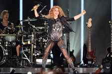 Shakira Defends a Fan From Security During Concert in Mexico: Watch