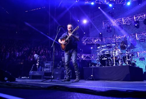 Police Investigating Mysterious Death At Dave Matthews Concert In St. Louis