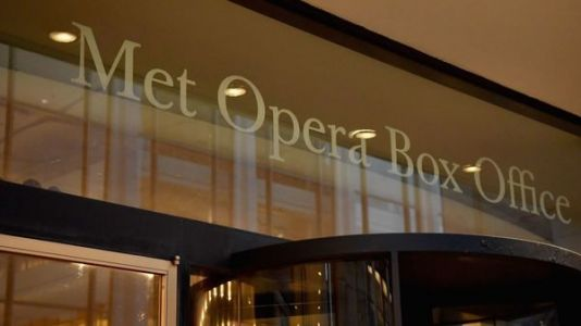 Met Opera Says It Won't Return Until Fall 2021