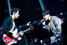 Mark Ronson Joins Gen Hoshino for 'Pop Virus World Tour' in Yokohama