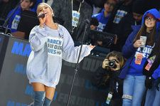 Ariana Grande Assures the March For Our Lives Crowd That We'll 'Be Alright': Watch