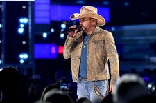 Jason Aldean Welcomes Route 91 Survivors at 'First Show Back' in Las Vegas