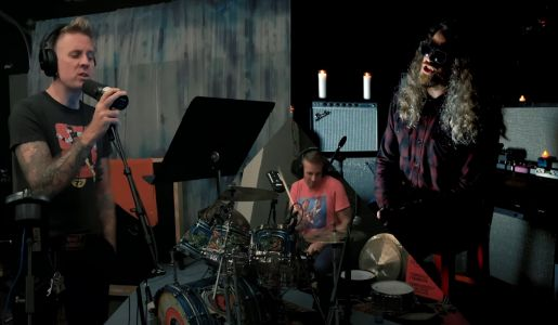 """Watch Members Of Mastodon, Cave In, & Russian Circles Cover Alice In Chains' """"Rain When I Die"""""""