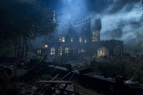 Season 2 of The Haunting of Hill House Is a Go! Here's When You Can Expect It on Netflix