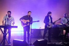 Mumford & Sons Kick Off Delta Tour in Philadelphia With Newbies and Standards