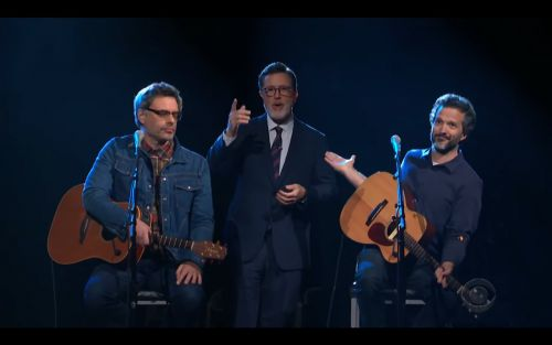 Watch Flight Of The Conchords Play A New Song On Colbert