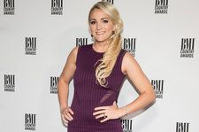 Jamie Lynn Spears Brings Baby Ivey to 'Auntie Britney's' Concert For the First Time