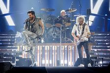 Queen and Adam Lambert Play the Hits, Pay Tribute to Freddie Mercury at L.A. Concert