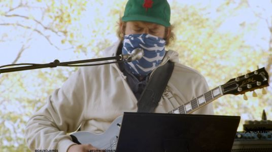 """Watch Bon Iver's Justin Vernon Debut New Song """"Your Honor"""" Inspired By Ruth Bader Ginsburg"""